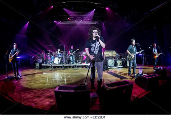 Counting Crows & Live - Band at Austin360 Amphitheater